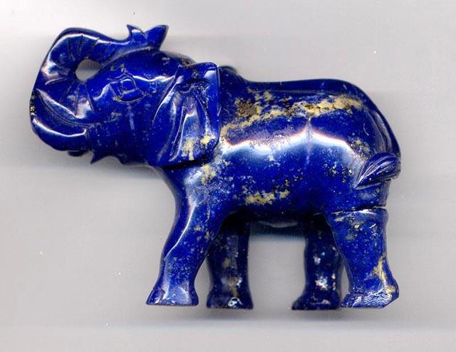 Lápis-lazuli - um exemplo perfeito do anil